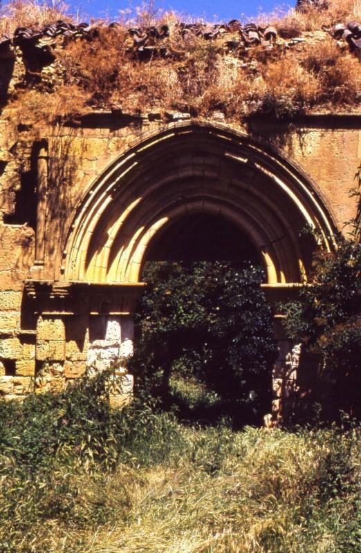 Monasterio portada